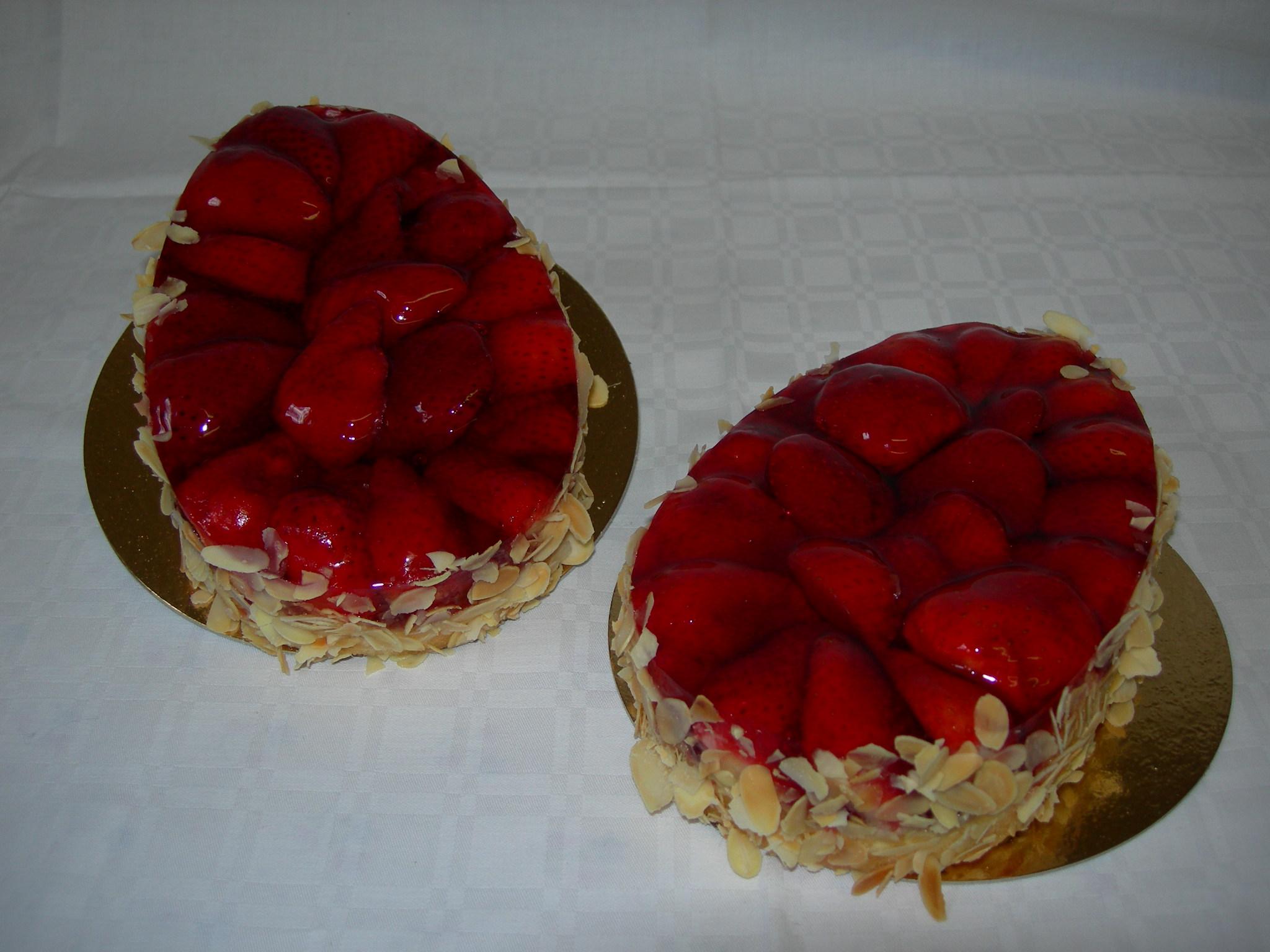 Frische Erdbeerspezialitäten